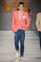 Top 5 Men's Summer Shoes, men's slip on sneakers and coral blazer