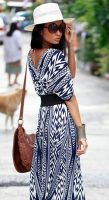 Foolproof tips trendy airport style, blue and white maxi dress with hat