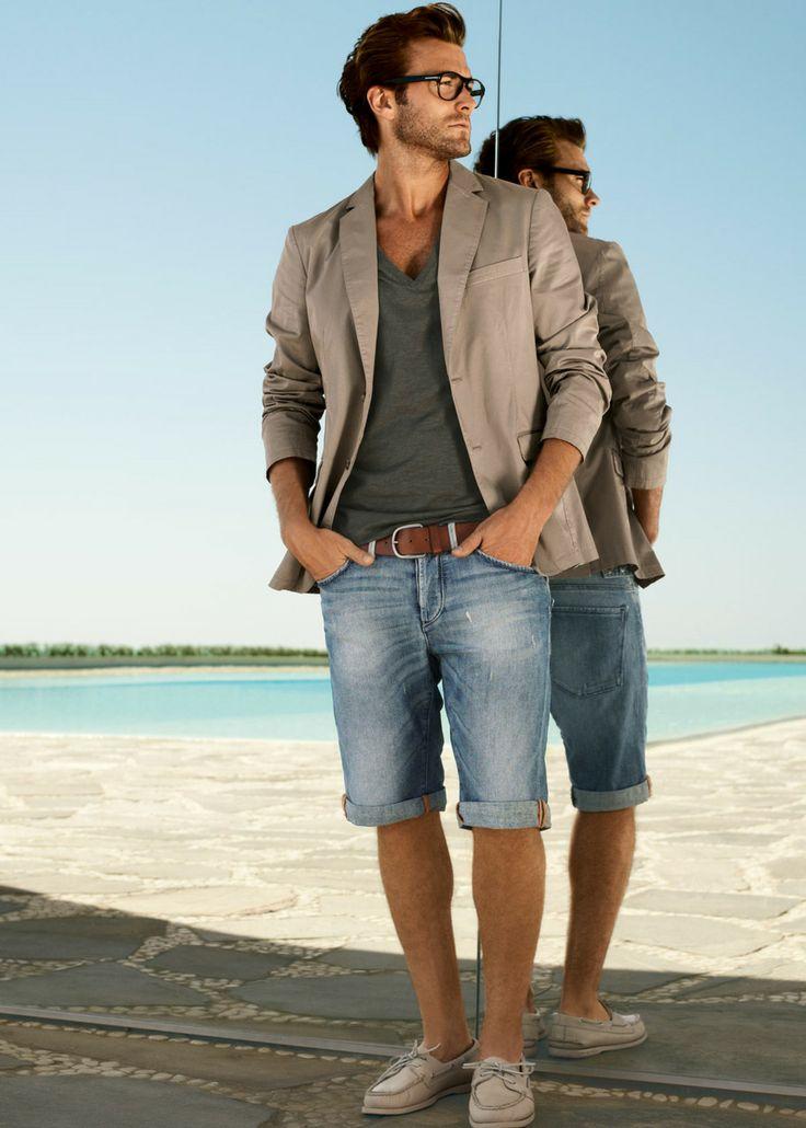 Summer Essentials: Matching Out Mens Temperament Easily