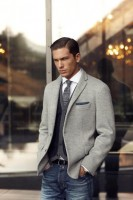Divine Style men's transition spring outfit, gray blazer, jeans