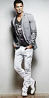 men's Style Mistakes, men's graphic tee over gray blazer