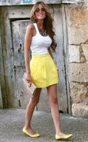 low key summer chic, white tank top, yellow skirt with yellow flats