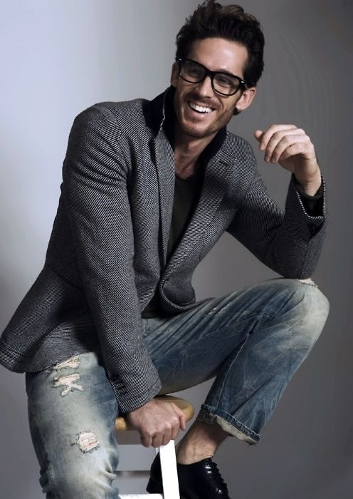 How to Dress for a Night On The Town, men's gray textured blazer, black shirt, distressed denim