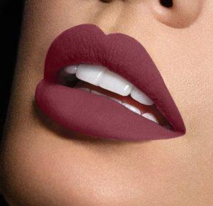 Matte vs. Gloss, lipstick trends, matte lipstick