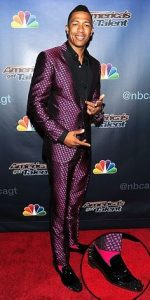 men's pattern suits, Kevin Hart shiny print suit