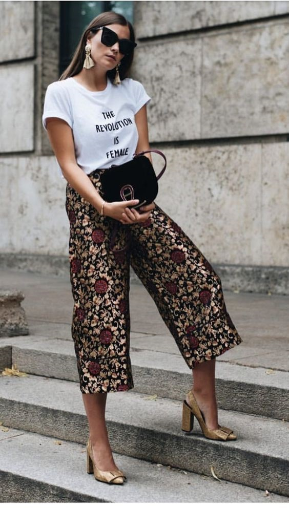 How to Wear Sequins for the Holiday Season, daytime sequins outfit, graphic tee and sequin pants