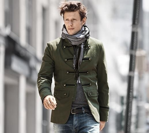 5 Stylish Coats that Completely Change Your Look Men, military coats, H&M military coat with scarf