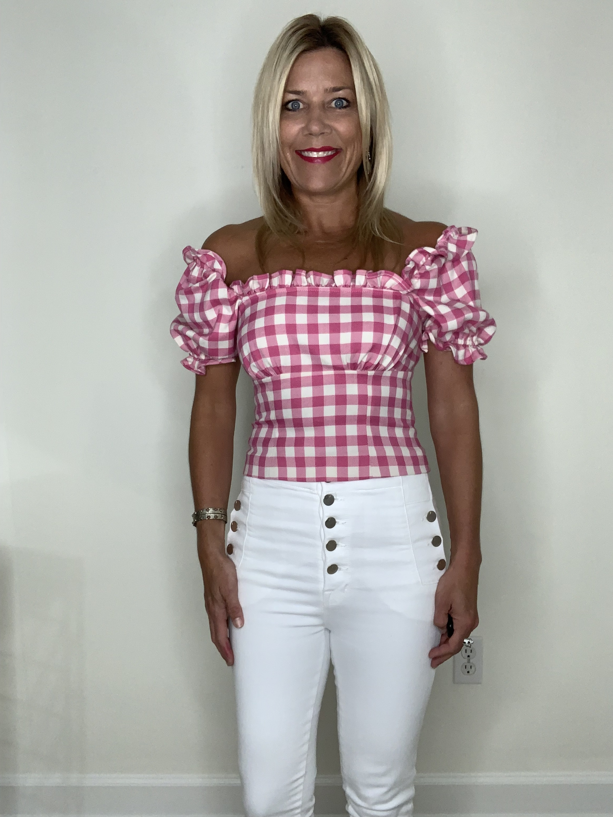 Ease your wardrobe into fall, gingham top, pink and white gingham top and white jeans