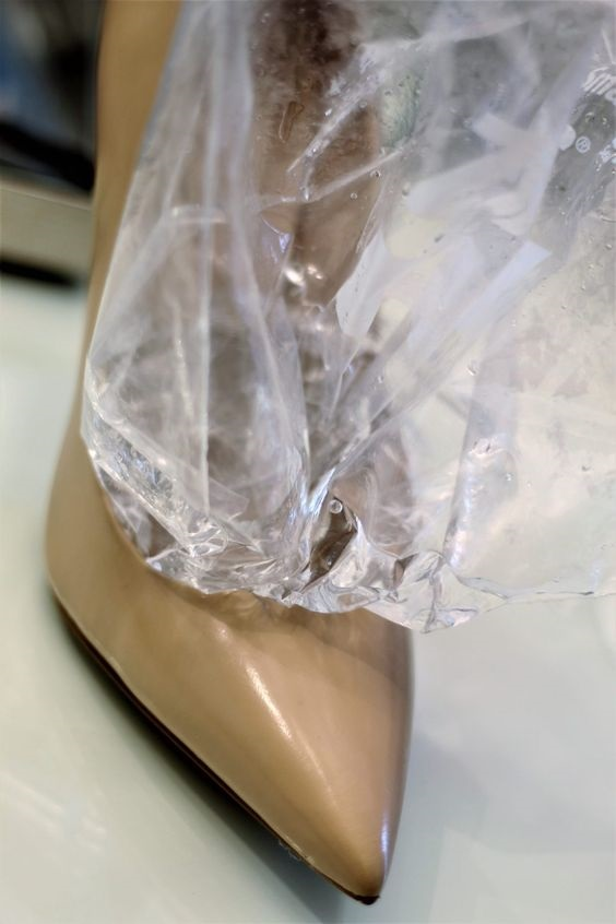 Shoe Hack…How to Stretch Your Shoes, ice in shoes