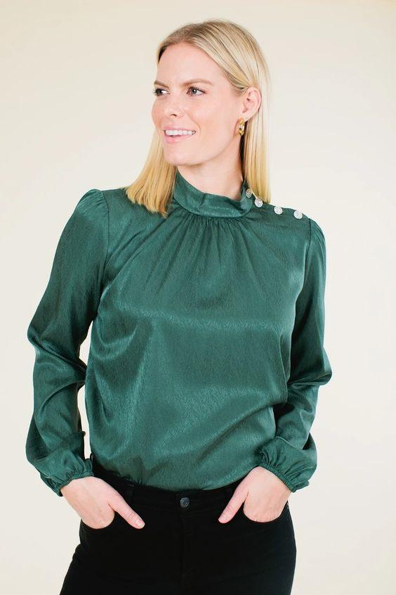 Jewel Tones for the Holidays, jewel tone blouse, hunter green blouse, WAYF Kora hunter jacquard button blouse