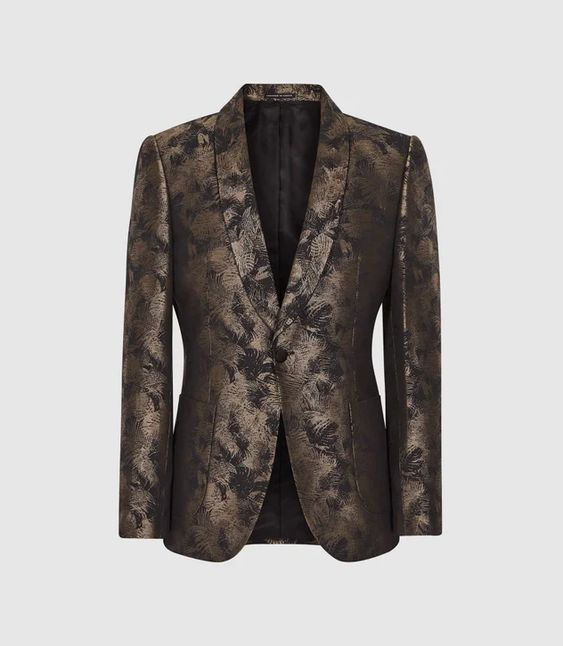 5 Trendy New Years Eve Outfits for Women and Men, dinner jackets with pizzazz, REISS FELLOW JACQUARD BLAZER GOLD