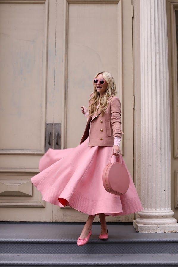 Monochromatic Style, light pink monochromatic outfit, Blair Eadie Bee pink monochromatic outfit
