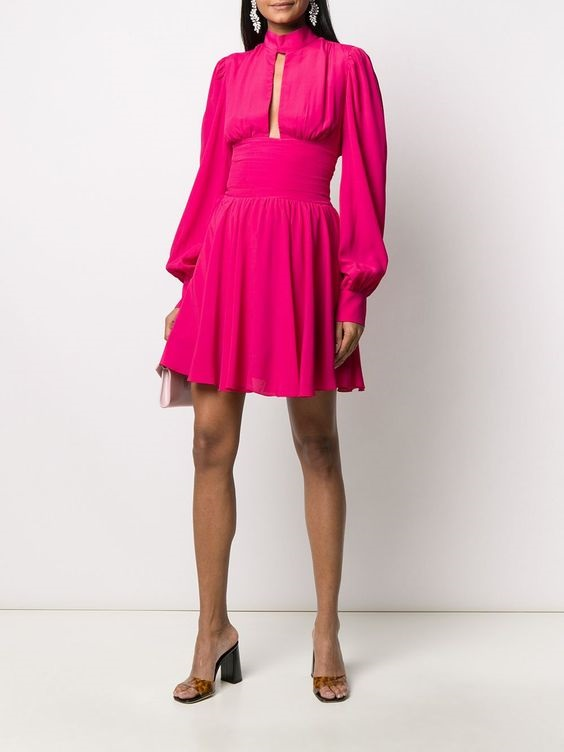 How to Create a Spring Capsule Wardrobe in 8 pieces, women's spring capsule wardrobe, silk dress, Brognano pink pleated mini dress