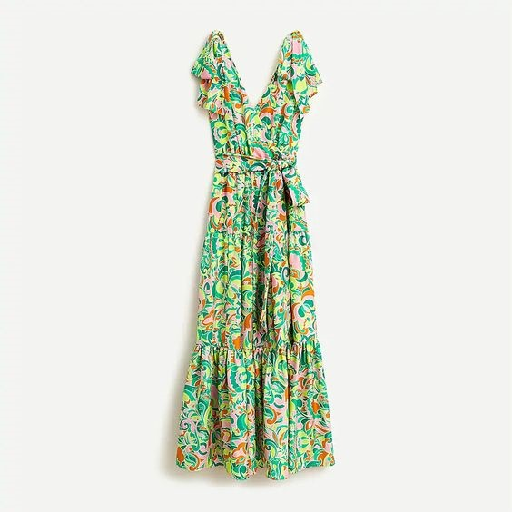 Sunny and Stylish Labor Day Weekend Outfits, Al Fresco Dining BBQ outfits, J Crew Shoulder-tie silk maxi dress in green floral