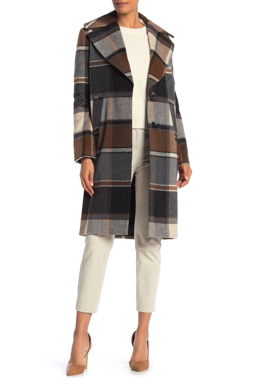 Power Outerwear....Cool Coats for Cool Days, Statement Plaid Coats, women's plaid coats, Kensie plaid knotch lapel coat