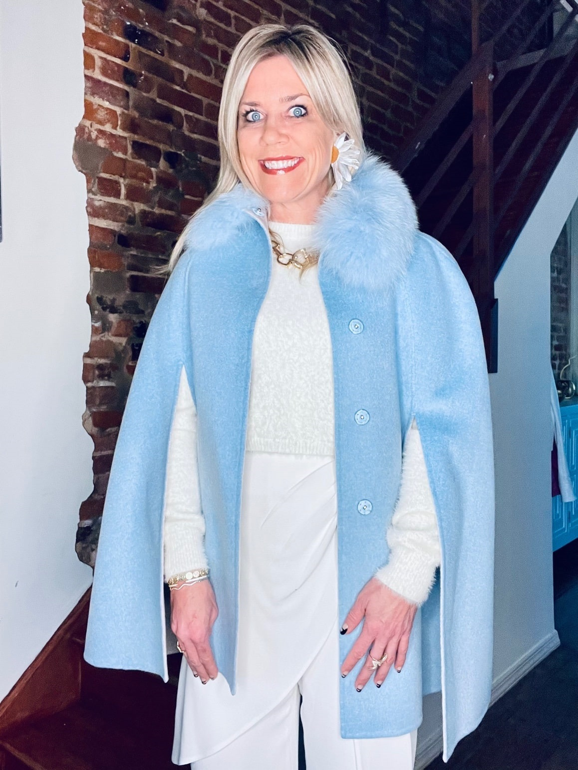 Winter Snow Day Style...What to Wear in Chilly Temps, blue fur cape, ivory outfit, Divine Style, personal stylist