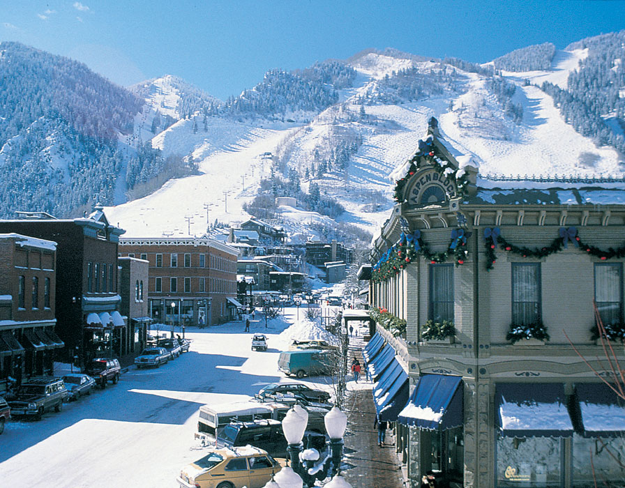 Getaway Checklist...A Packing List for Every Trip, Winter Getaway...Aspen, Colorado, what to pack for a ski trip to Aspen